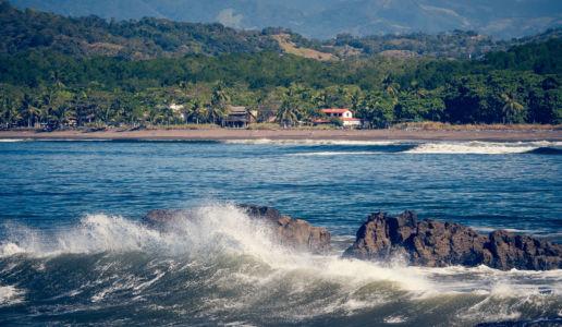 San Juan Grande, Tivives, Costa Rica, GPS (9,860482; -84,701048)