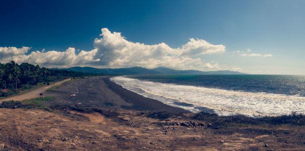 Tarcoles, Bajamar, Costa Rica, GPS (9,833055; -84,674167)