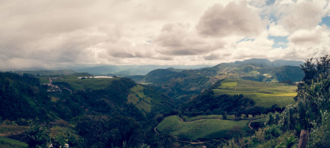 Turrialba, Juan Viñas, Costa Rica, GPS (9,887340; -83,752563)