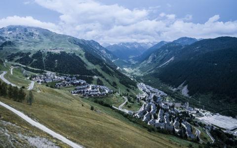Baqueira, Pyrenees, GPS (42,708167; 0,927928)