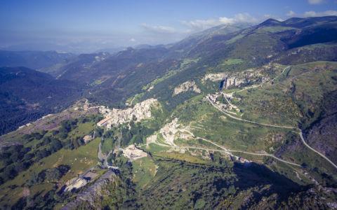 Castellar De N Hug, Pyrenees, GPS (42,284328; 2,024388)