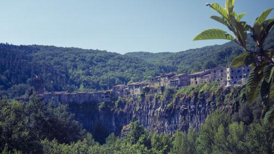 Castellfollit De La Roca, Pyrenees, GPS (42,221500; 2,551888)