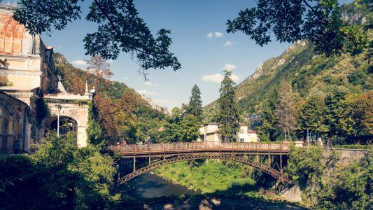 Romania, Caras-Severin, Baile Herculane - GPS (44,889627; 22,423531)