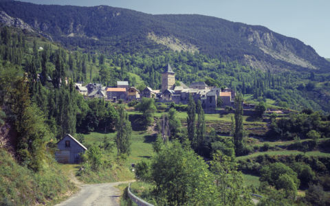 Sin, Pyrenees, GPS (42,577418; 0,275912)