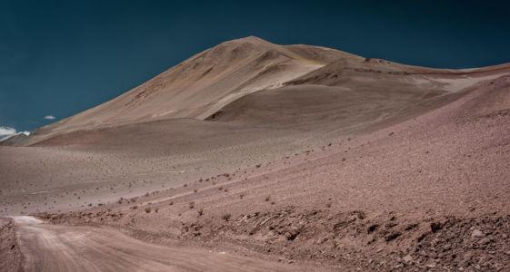 Tolar Grande, Salta, Argentina, GPS (-24,690622; -67,355898)