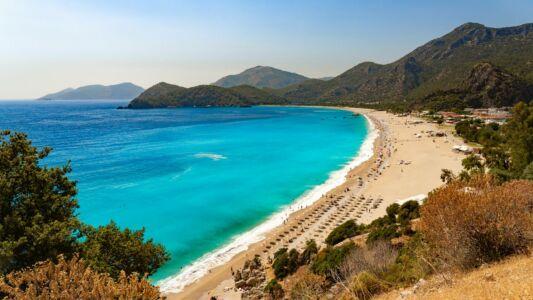 Turkey, Ölüdeniz Beach And Bay - GPS (36,543558; 29,126279)