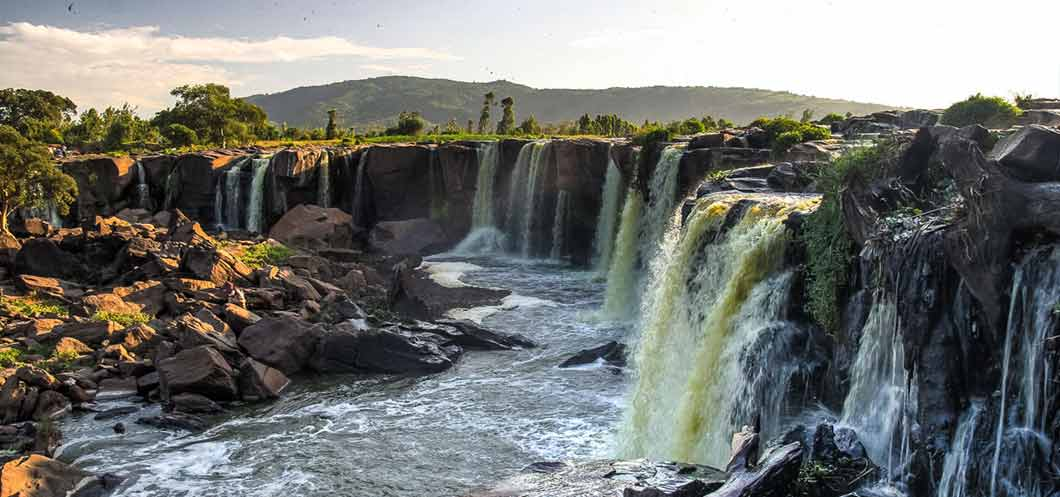 Kenia Article - Fourteen Falls